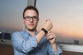 Criada por startup catarinense, Atar Band chega ao mercado em maio por R$ 299